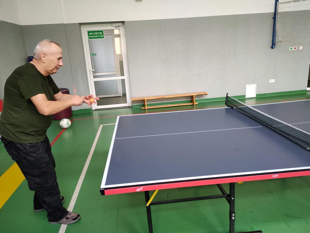 Doskonalenie gry w pingponga w DPS